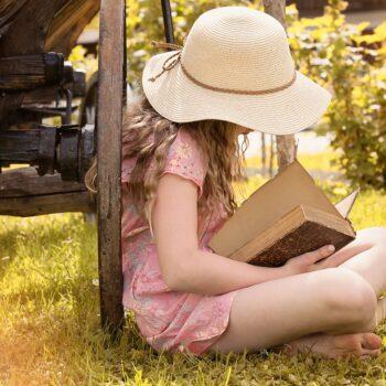 Co czytać dziewczynkom, aby wyrosły na samodzielne, pewne siebie kobiety
